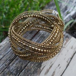 Macy's beaded bracelet gold new stretch